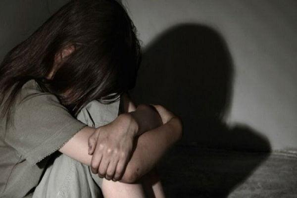 В Челябинске падчерица три года терпела изнасилования отчима