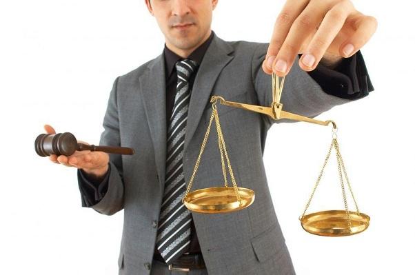 Член адвокатской палаты Челябинской области оказался мошенником
