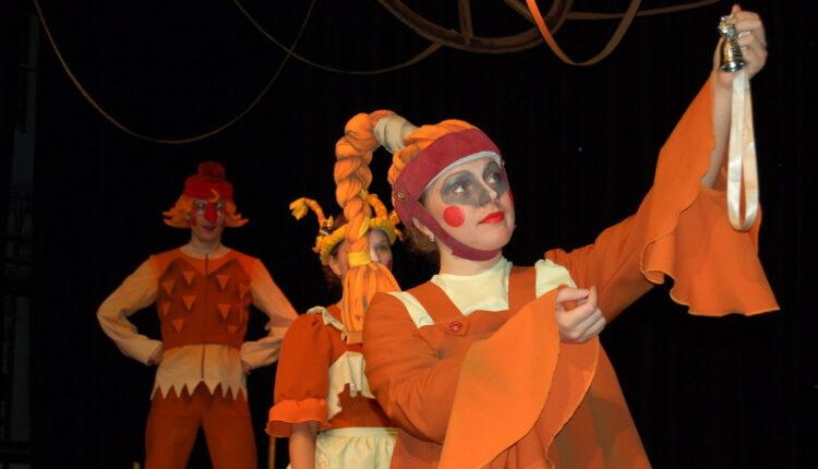 Кукольники Озерска подарили городу победу в престижном конкурсе