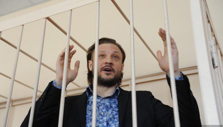 Успеть засадить Сандакова: Почему следствие стремится побыстрее завершить это дело?