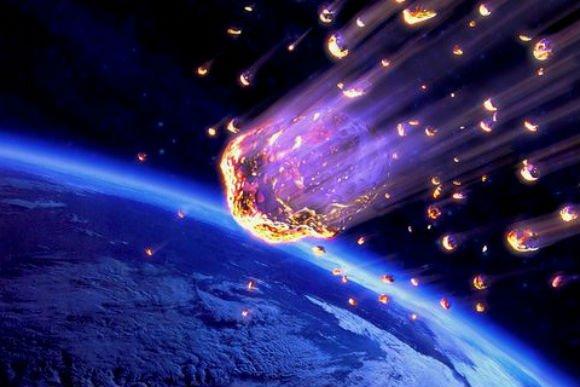 Опять метеорит! 4 сентября у Земли все шансы получить удар сильнее челябинского