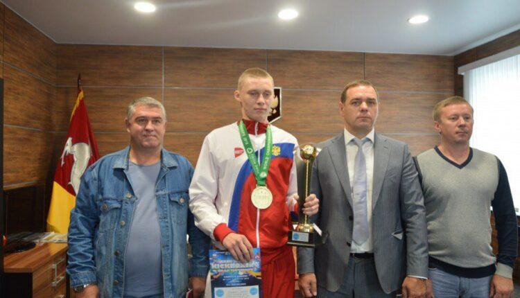 Кикбоксеры привезли на Южный Урал четыре медали из Ирландии
