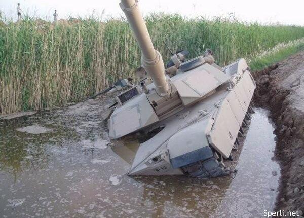 На Южном Урале утопили танк и ищут виноватых