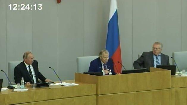 Первое заседание Госдумы Путин начал с шутки о выборах