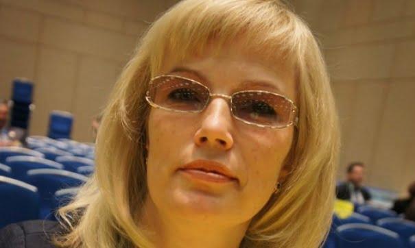 Депутат Ольга Мухометьярова против Евгения Максимова: Кого вы проталкиваете в облизбирком?!