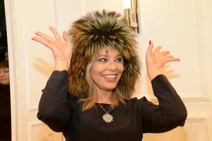 Итальянская звезда Орнелла Мути тоже хочет стать россиянкой