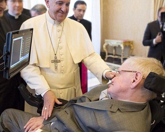 Папа Римский благословил Стивена Хокинга