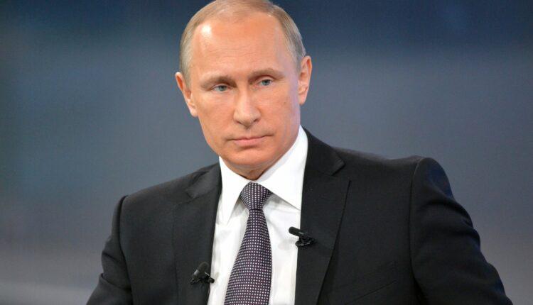 Владимир Путин уже на Южном Урале