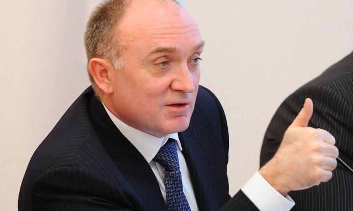Дубровский заказал 155 банкетов с хрусталём и фарфором. На 30 млн рублей