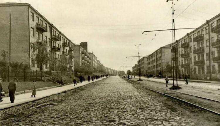 Субботние прогулки по улицам Челябинска: улица Российская