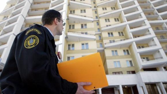 За 100 тыс. долга будут лишать единственного жилья. Зато чиновники откроют новую коррупционную кормушку