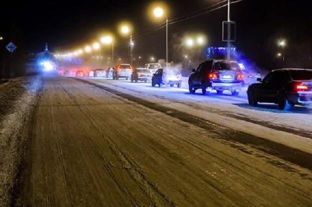 Пассажиры пожаловались на пробки возле челябинского аэропорта