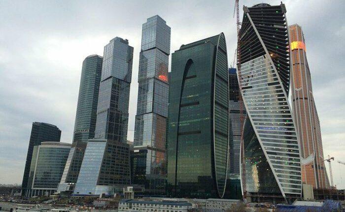Упал с 86 этажа самого крутого бизнес-комплекса России, ВИДЕО
