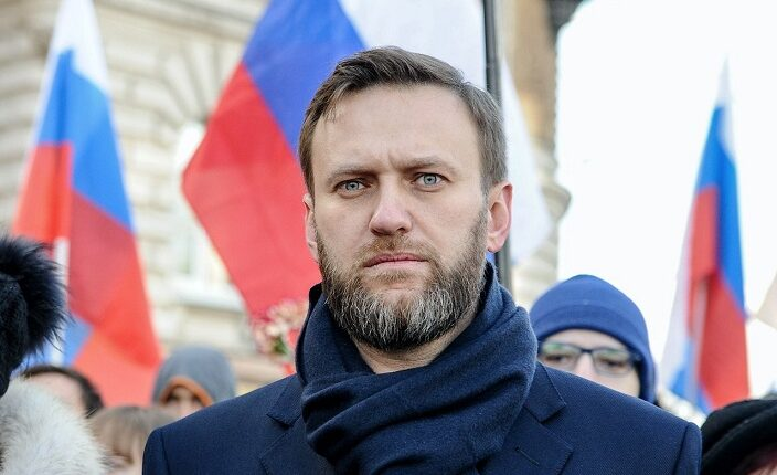 Кто дирижирует судом, в котором идёт дело Навального?