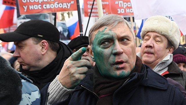 Марш памяти Бориса Немцова прошёл с большими скандалами