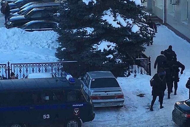 На «челябинской Рублёвке» – обыски