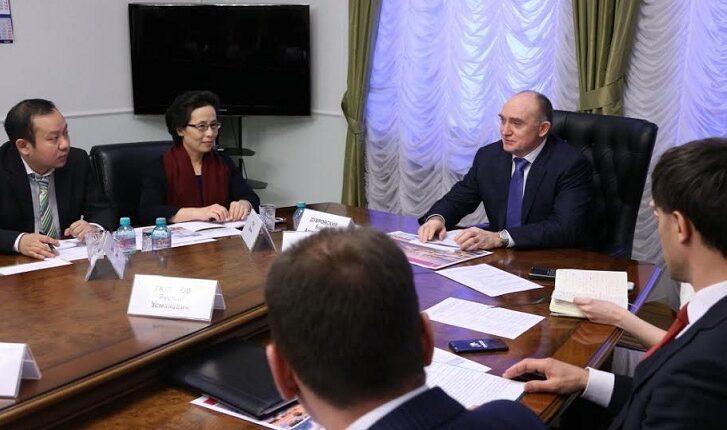 Губернатор Дубровский «разводит» китайцев на деньги