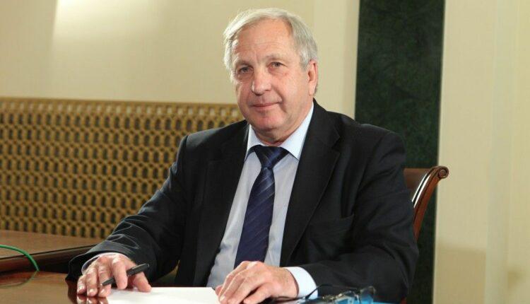 Виктор Щекотов освободился по УДО и появился в Троицке