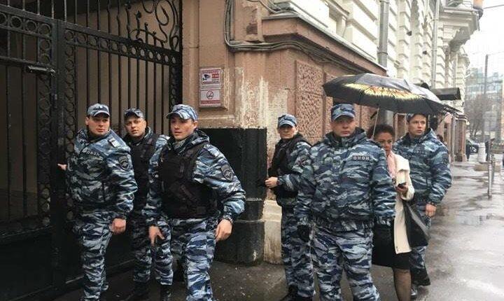 В «Открытой России» идут обыски
