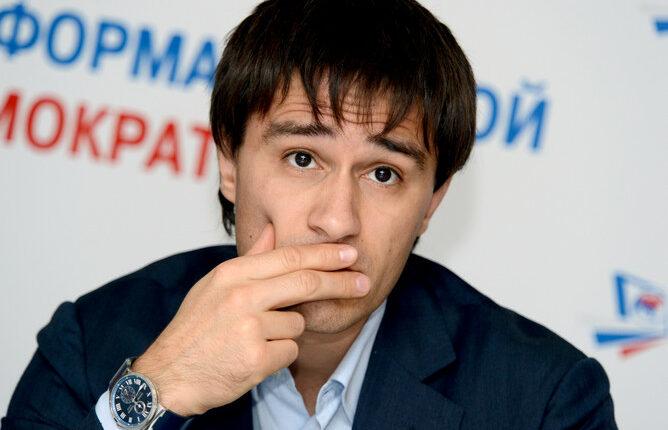 Вице-губернатор Гаттаров ответит за транспортные дебоши по УК