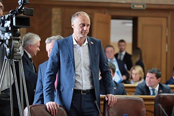 Губернатор Дубровский пытается наладить контакты с Сергеем Кириенко