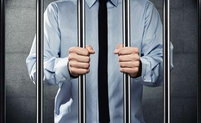 Южноуральский депутат-махинатор ответит перед судом
