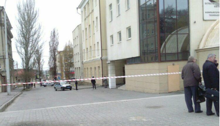 СРОЧНО. Взрыв возле школы в Ростове-на-Дону