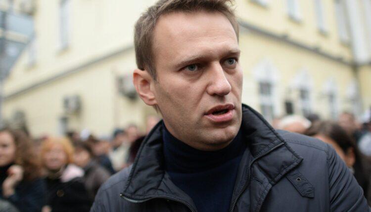 Алексей Навальный явится на митинг «СтопГОК»