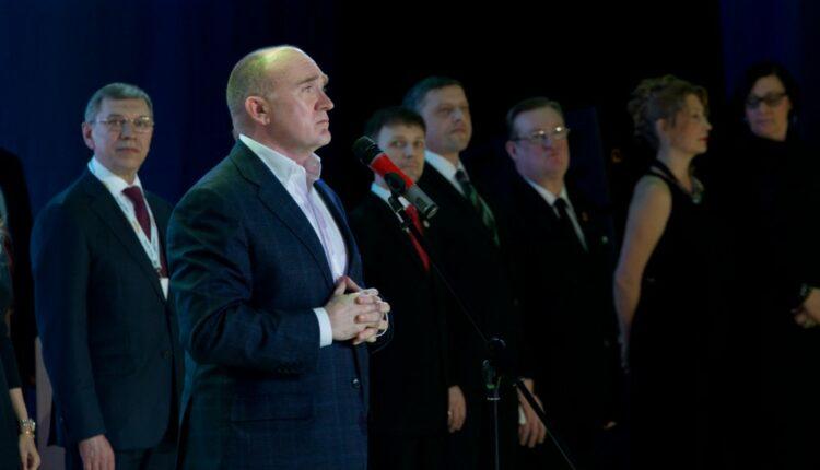 Тоска и уныние: как губернатор Дубровский танцоров поздравлял