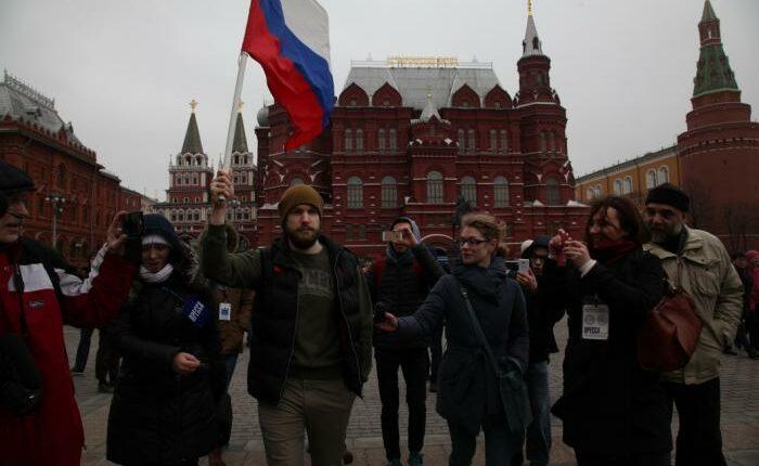 Чистый Четверг: В России массовая зачистка оппозиции. ВИДЕО