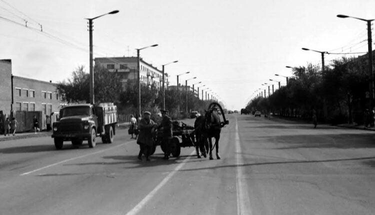 Субботние прогулки по улицам Челябинска: Свердловский проспект. Часть первая
