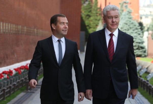 Суд оспорит отказ Медведева и Собянина от депутатских мандатов