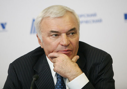 Суд рекомендовал олигарху Рашникову умерить аппетиты
