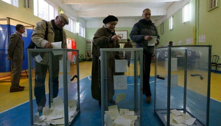 Для повышения явки на выборах опробуют референдумы