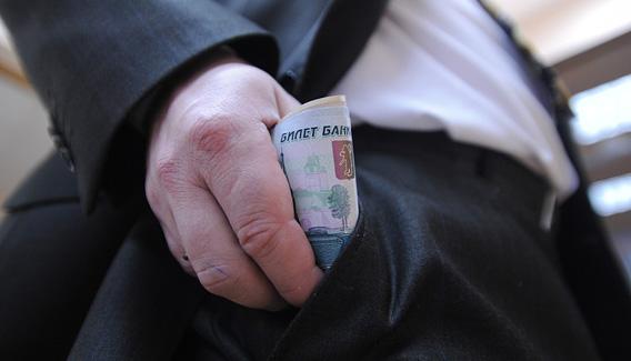 На Южном Урале побит рекорд коррупционности: 6 оплат за 1 работу