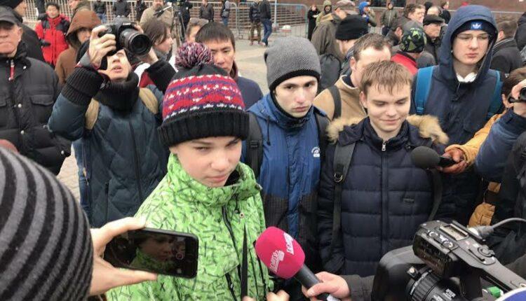 Детям запретят протестовать публично