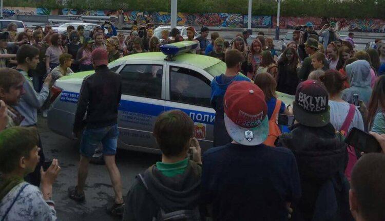 Месть властей подросткам: фестиваля красок в Челябинске больше не будет