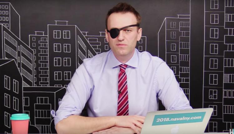 «Лети, лети!» Кремль отпустил Навального в Европу