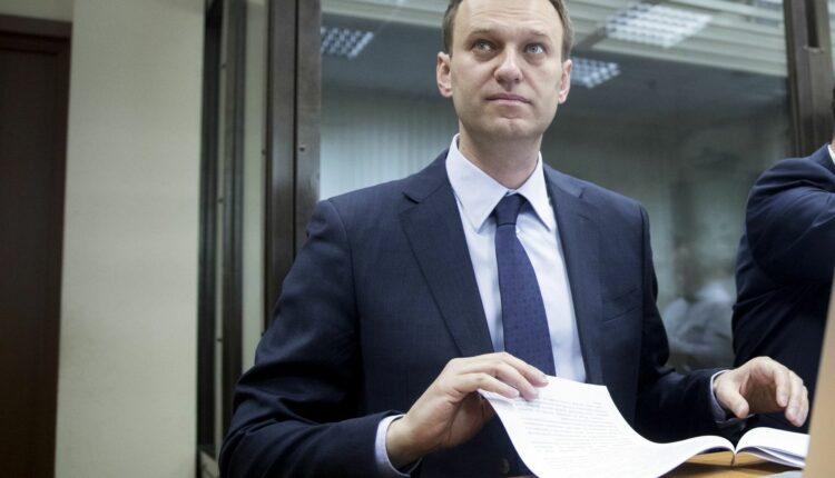 Итоги скандального суда Навального и Усманова: оппозиционера отправили в Европу