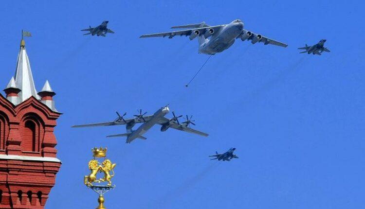 Авиация не смогла принять участие в Параде Победы из-за плохой погоды