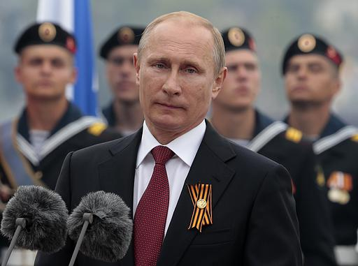 Путин не поздравил с Днем Победы лидеров Украины и Грузии