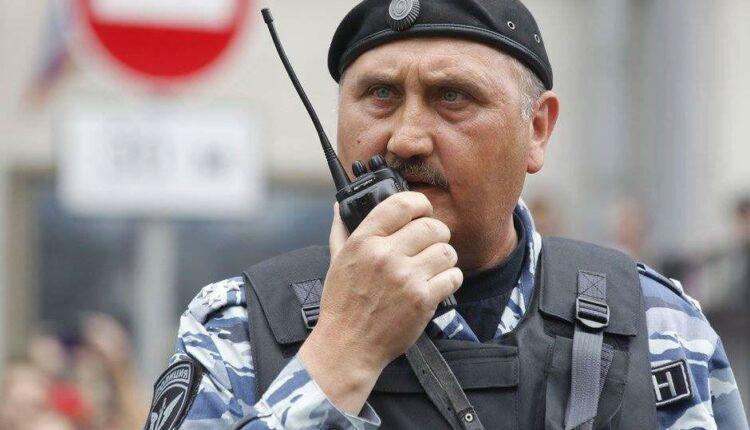 Экс-главу украинского «Беркута» заметили в рядах ОМОНа на Тверской