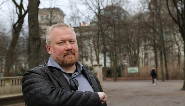 ФСБ задержала оппозиционера, призывающего к майдану. ВИДЕО