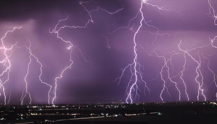 Внимание! Завтра в Челябинской области – штормовой ветер и грозы