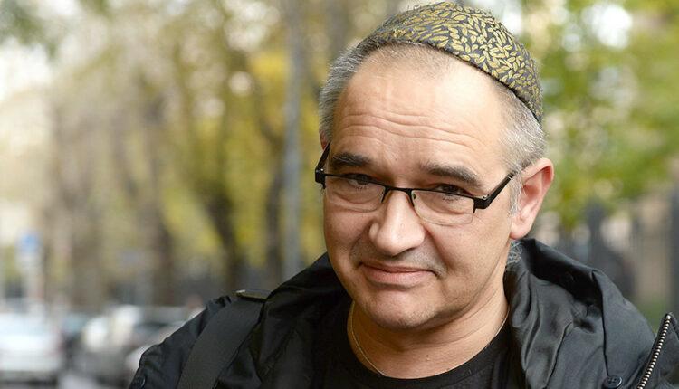 Умер известный блогер Антон Носик. Власти винят алкоголь