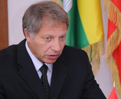 Судьбы южноуральских растратчиков: помощник покончил с собой, мэр отделался «условкой»