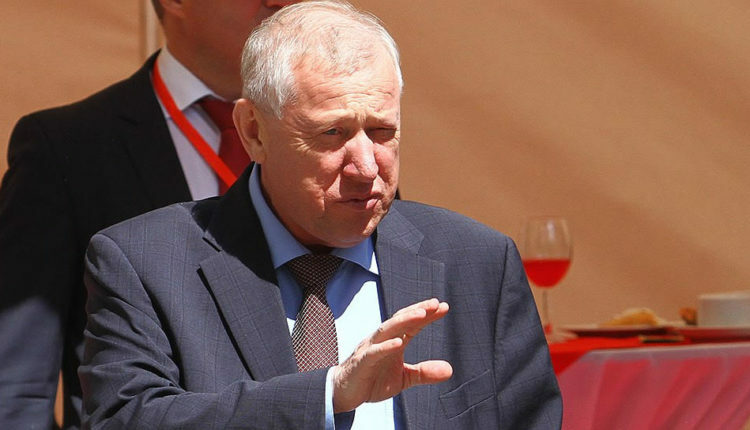 Глава Челябинска Тефтелев куражится на бюджетные деньги. ФОТО, ВИДЕО (+18)
