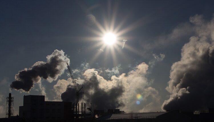 «Чёрное небо» над Челябинском – вторая неделя ада. Ждём температуру +32 С