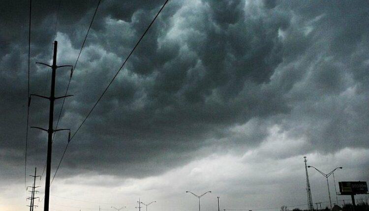 Шторм и грозы: в Челябинской области ожидается резкое ухудшение погоды