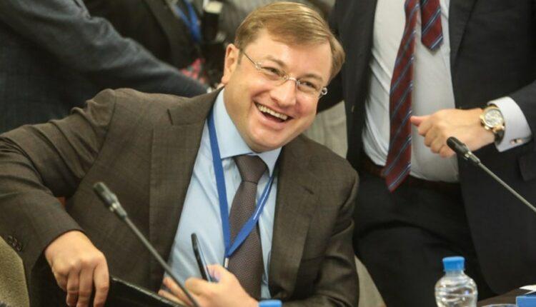Миллиардер Михальченко обворовал Путина и Медведева